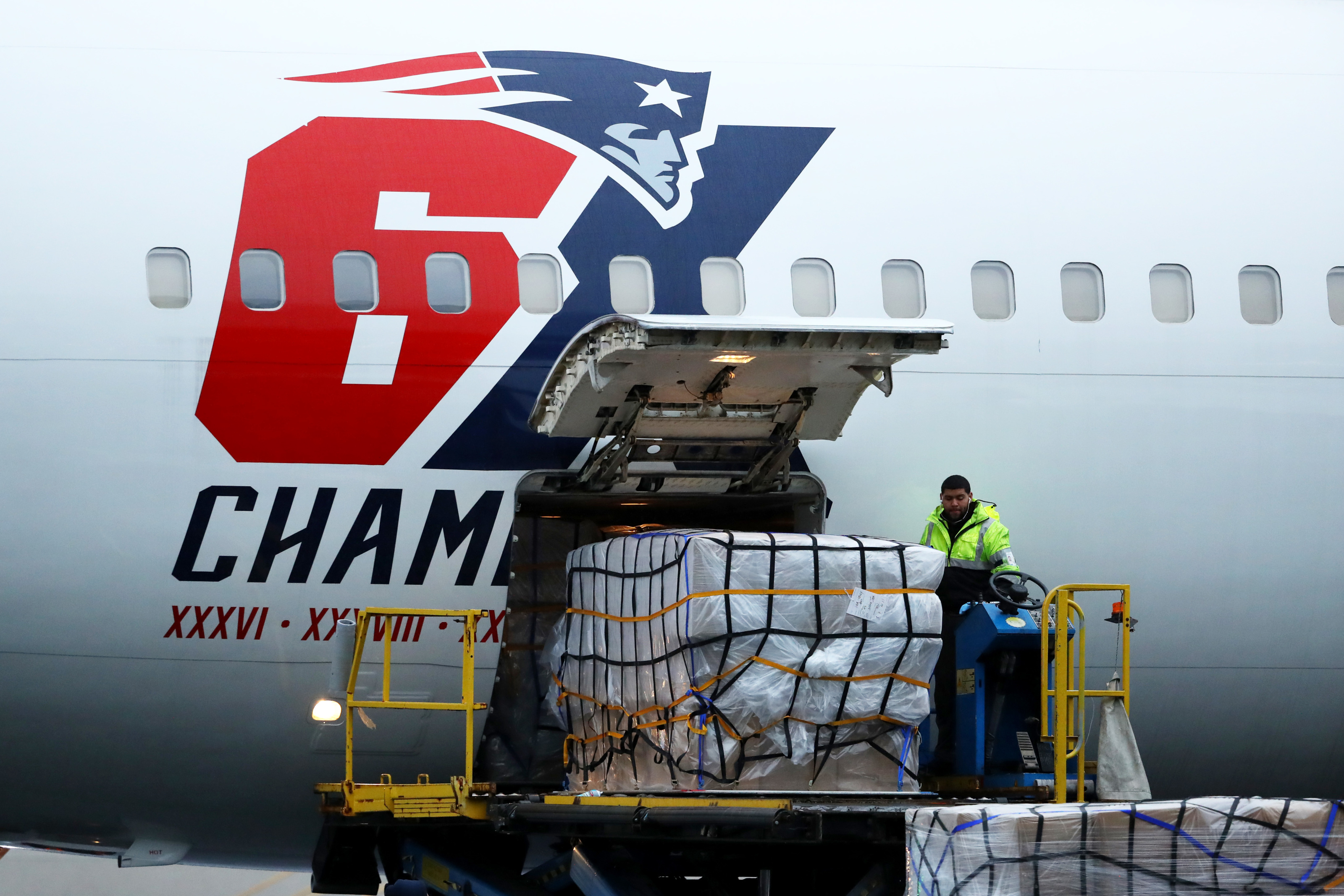 Patriots deliver masks to New York in midst of coronavirus crisis