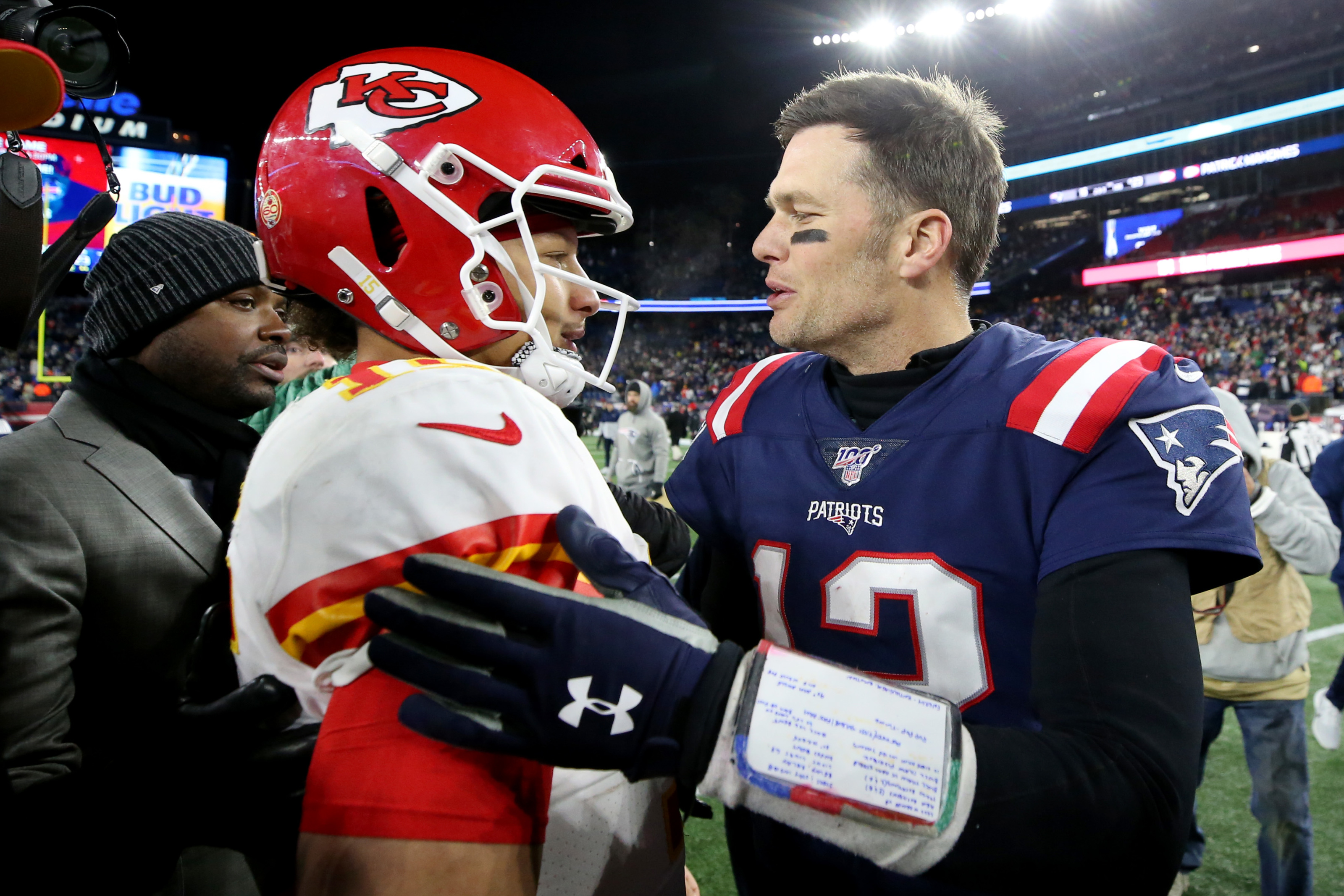 Patriots: Tom Brady and Patrick Mahomes get in troll war over GOAT status